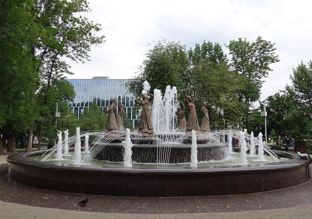 Ufa'daki Yedi Kız Anıtı
