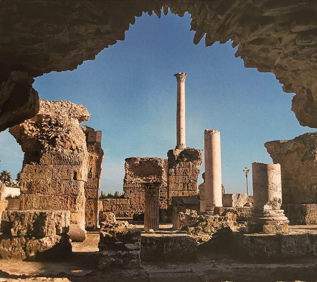 Tunus şehrindeki Antonius hamamının kalıntıları
